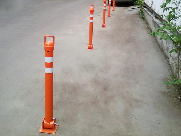 Складной парковочный столбик